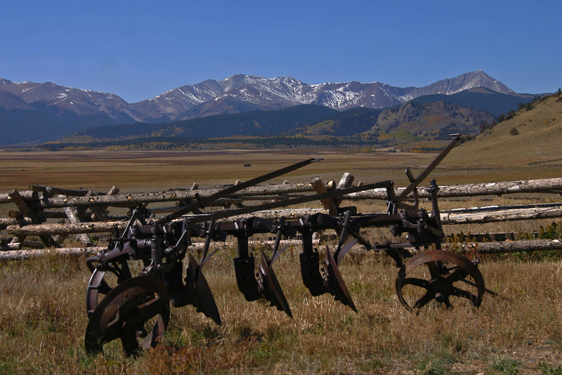 Farm Equipment, Mts., Sky