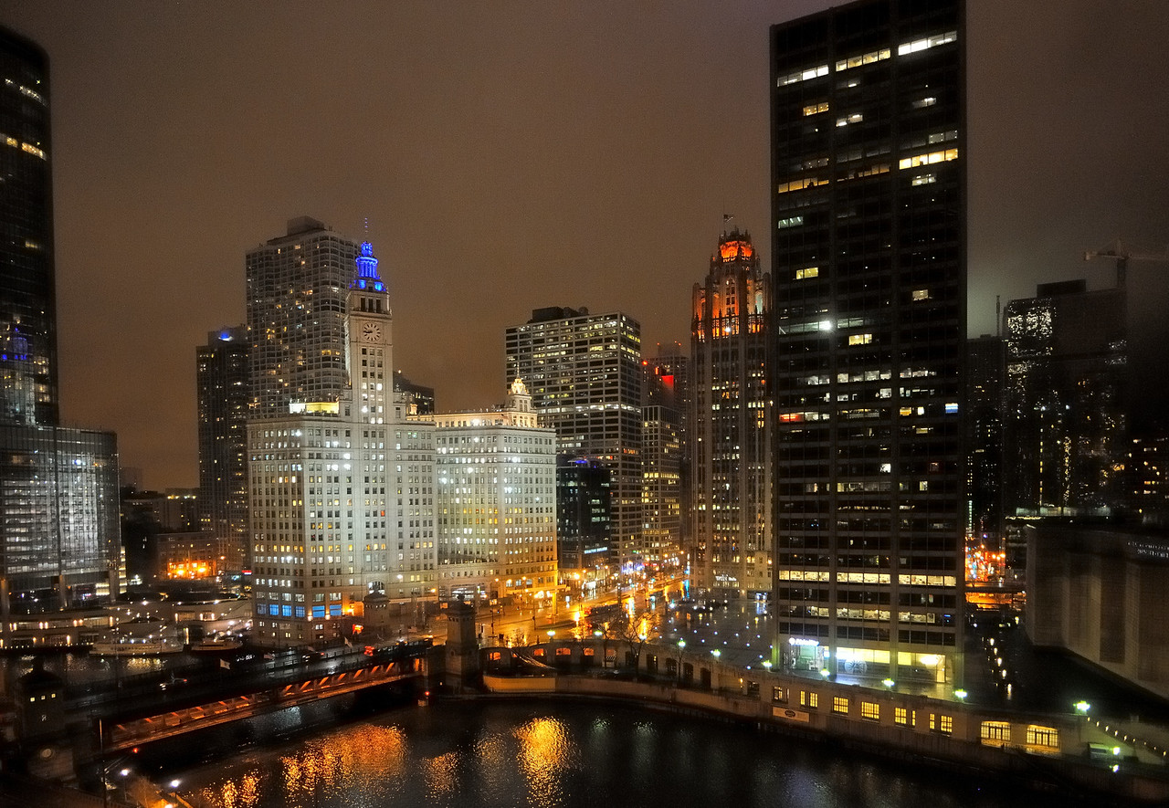 Michigan Avenue Bridge at the Chicago River - Chicago, Illinois
