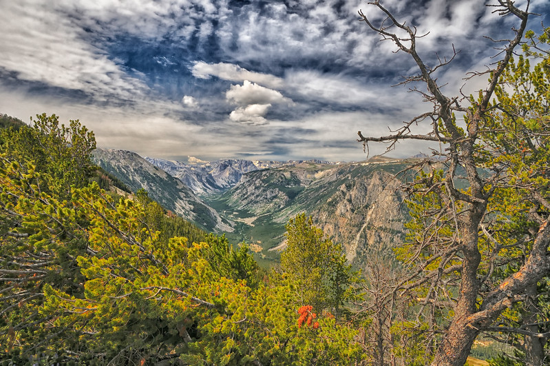 Mountain scenery along the Beartooth Highway in Wyoming