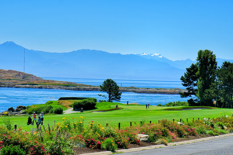 Victoria Golf Club with Olympic National Park visible across the Juan de Fuca Straight