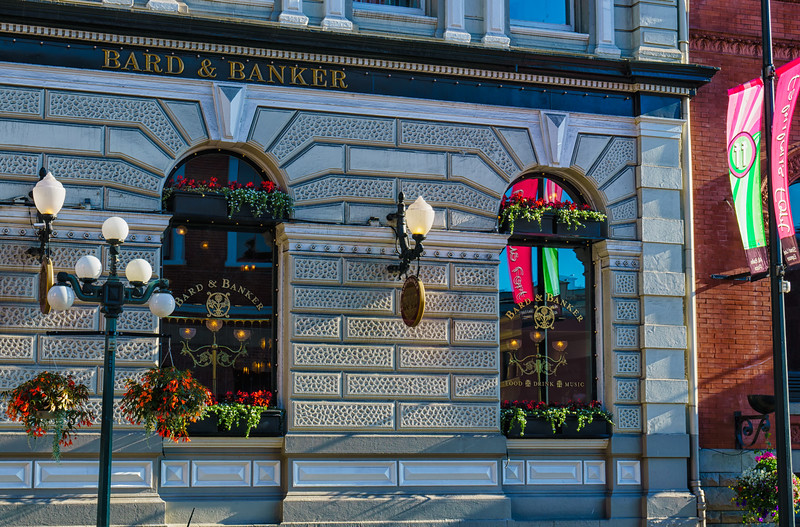Bard & Banker restaurant