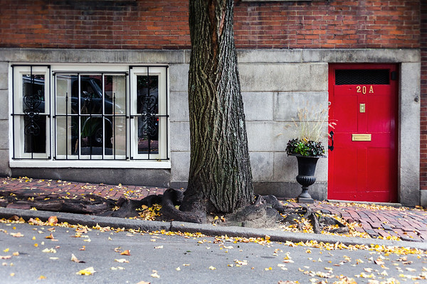 Red door in Beacon Hill, Boston