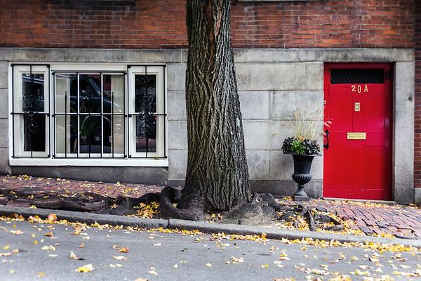Red door in Beacon Hill, Boston