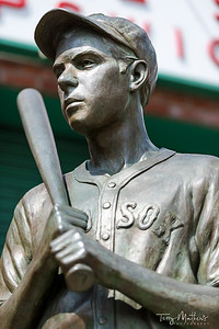 Boston Red Sox - Teammates Statue