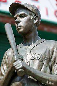 Boston Red Sox - Teammates Statue