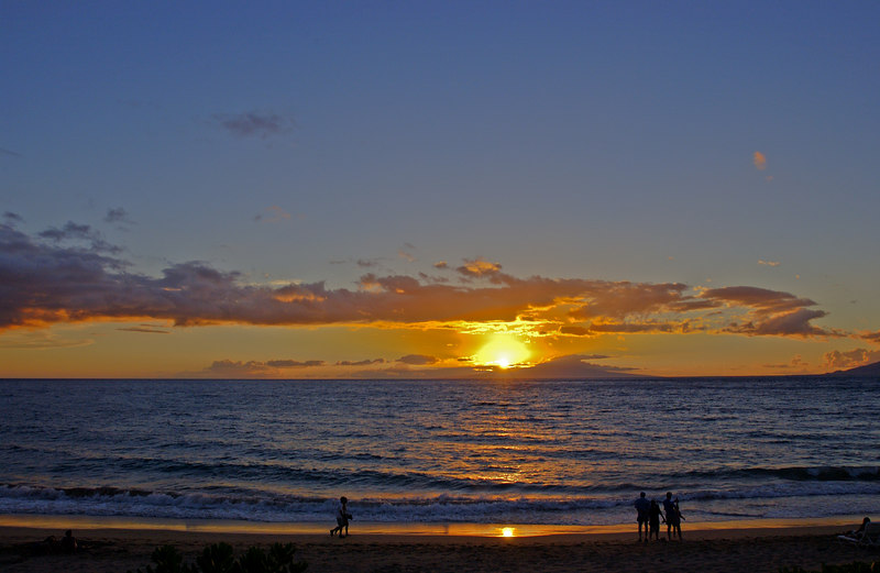 MauiiSunsetBeach_1498 - 2003-1_-16 50 AM