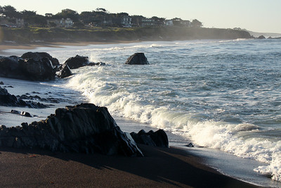 Morning waves - Cambria, CA ... March 10, 2009 ... Photo by Rob Page III