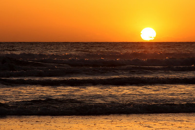 Sunset at the beach - Pismo Beach, CA ... March 9, 2009 ... Photo by Rob Page III
