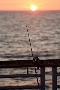 At the end of a long day of fishing - Hermosa Beach, CA ... March 7, 2009 ... Photo by Rob Page
