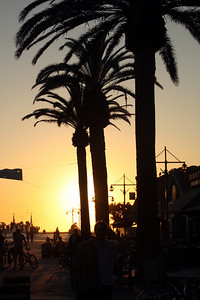 Sunset at the beach - Hermosa Beach, CA ... March 7, 2009 ... Photo by Rob Page III