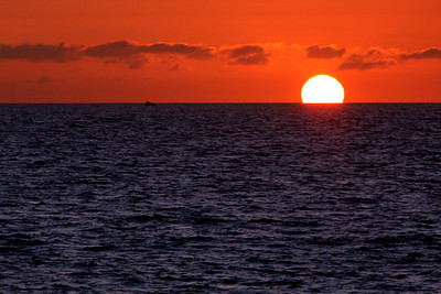 Sunset over the Pacific - Hermosa Beach, CA ... March 7, 2009 ... Photo by Rob Page III