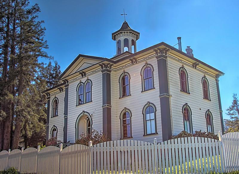 Potter Schoolhouse (The Birds) - Bodega