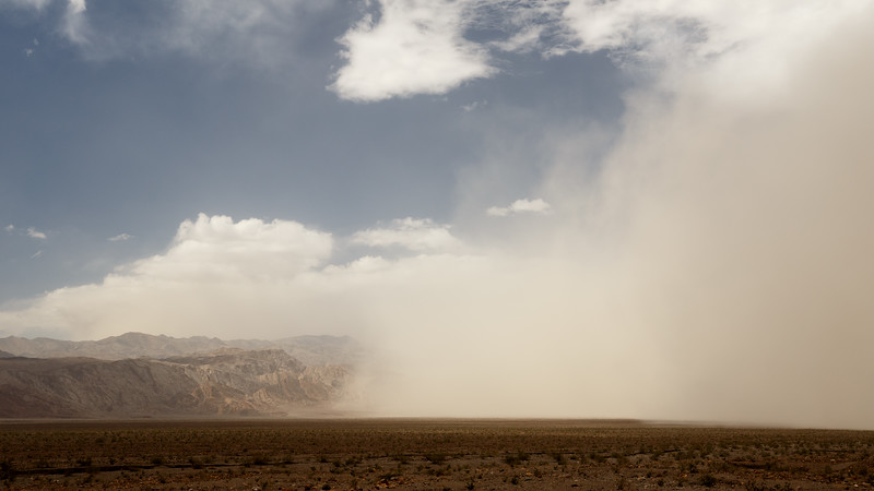 Death Valley, Stovepipe - Haboob approaching with mountains, wider view