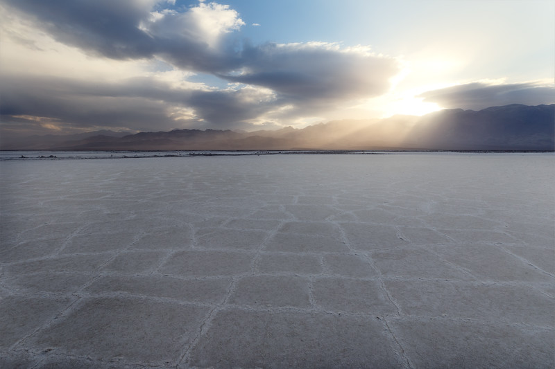 Death Valley, Badwater - Square patterns in tiles at sunrise