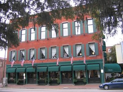 East Bay Inn