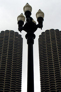 The Marina Towers rise behind a street lamp - Chicago, IL ... September 22, 2006 ... Photo by Rob Page III