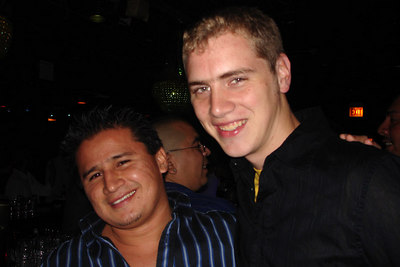 Carlos and Rob hanging out at the bar - Chicago, IL ... September 23, 2006 ... Photo by Emily Conger