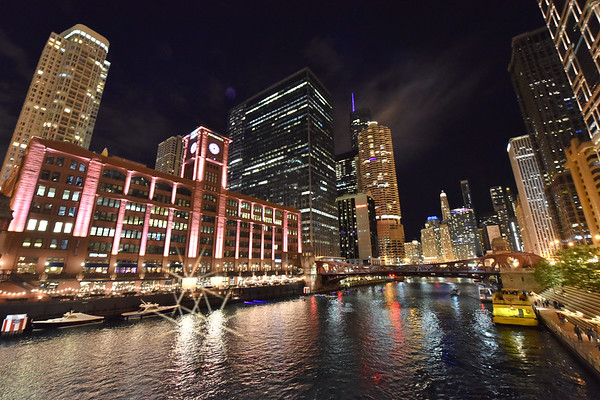 Chicago along the river at night