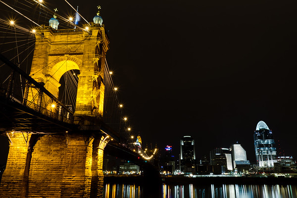 Roebling Suspension Bridge Cincinnati Ohio Skyline