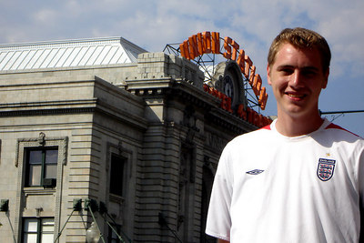 Rob, in front of Union Station - Denver, CO ... July 13, 2006 ... Photo by Emily Conger