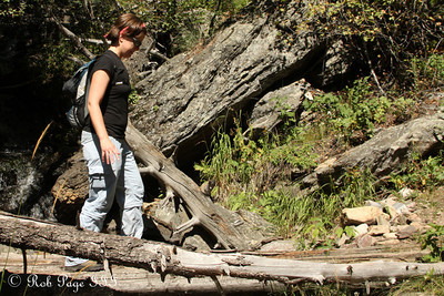 Jen hikes along the trail - Colorado ... September 4, 2011 ... Photo by Rob Page III