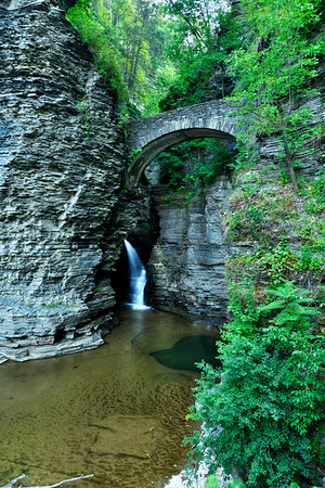 Vetrical of Watkins Glen2