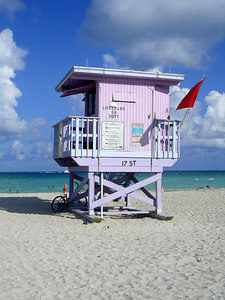 17th Street Lifegaurd stand - Miami Beach, FL ... September 18, 2005 ... Photo by Rob Page III