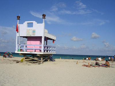 13th St. Lifeguard stand - Miami Beach, FL ... September 18, 2005 ... Photo by Rob Page III