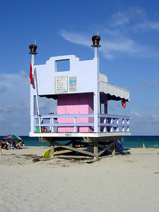13th St Lifeguard stand - Miami Beach, FL ... September 18, 2005 ... Photo by Rob Page III