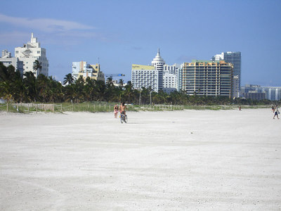 South Beach, FL ... September 18, 2005 ... Photo by Rob Page III