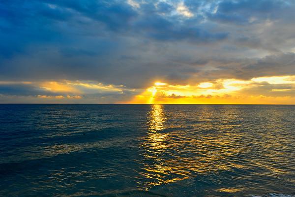 Vivid Sunset on Ocean