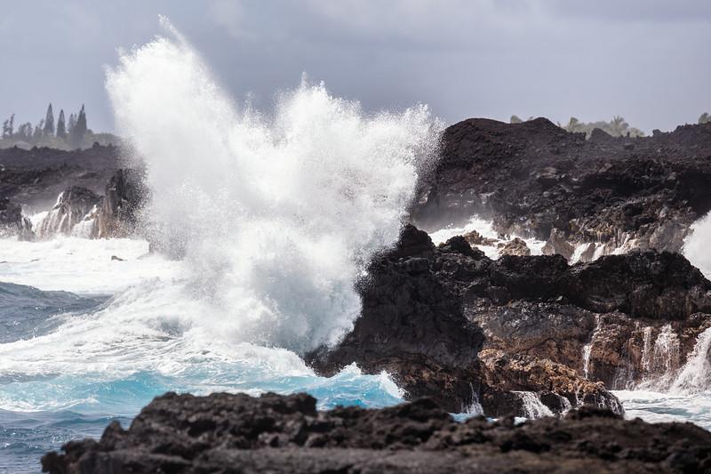 Hawaii, Big Island - Big wave hitting the coast
