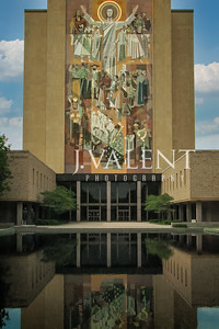 Hesburgh Library, Touchdown Jesus - University of Notre Dame