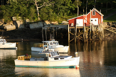 Sunset along a Maine inlet - New Harbor, ME ... August 31, 2008 ... Photo by Rob Page III
