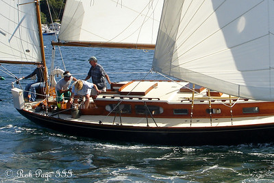 Heading out to sea - Boothbay, ME ... September 2, 2007 ... Photo by Rob Page III