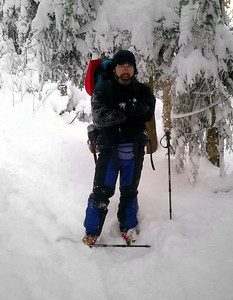 Bob Frye on the trail, but his pole doesn't seem to be working properly - Randolph, NH ... February 11, 2005 ... Photo by Rob Page III