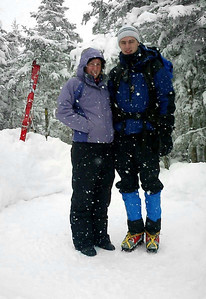 Its snowing on Heather and Rob - NH ... February 12, 2005 ... Photo by Bob Page Jr.