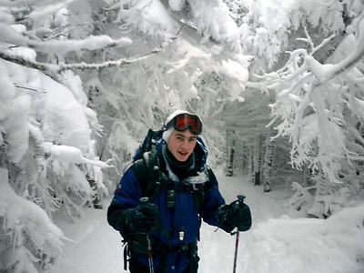 Rob Page hiking on the trail - NH ... February 12, 2005 ... Photo by Pedro Mendoza
