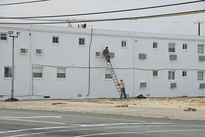 Off-season maintenance on a local motel in Widlwood, NJ.
