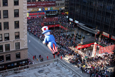 Uncle Sam wants you to attend in the parade - New York, NY ... November 27, 2008 ... Photo by Rob Page III