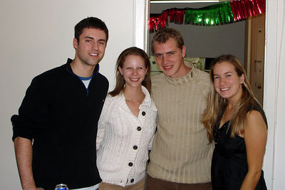 Mike, Emily, Rob, and Jillian - Washington, DC ... December 21, 2006 ... Photo by Rob Page III