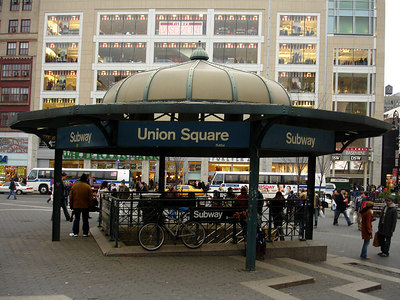 Union Square Station - New York, NY ... January 2, 2006 ... Photo by Rob Page III