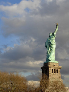 The Statue of Liberty - New York, NY ... January 5, 2006 ... Photo by Rob Page III
