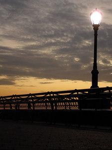 A lamp in Battery Park - New York, NY ... January 4, 2006 ... Photo by Rob Page III
