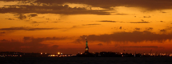 The Statue of Liberty - New York, NY ... January 4, 2006 ... Photo by Rob Page III