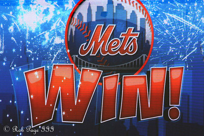 Mets Win! - New York, NY ... September 20, 2009 ... Photo by Rob Page III