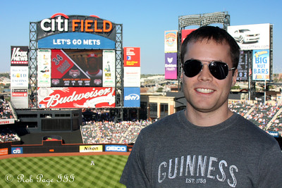 Kevin enjoys the game - New York, NY ... September 20, 2009 ... Photo by Rob Page III
