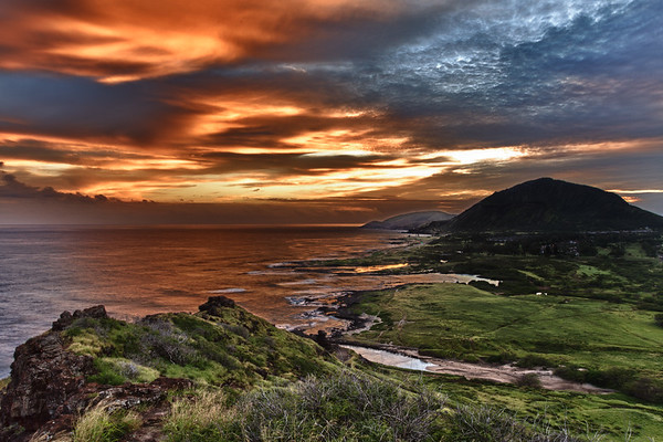 Hot vs Cold - Makapuu Sunset