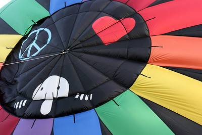 The top of a balloon that you don't normally see.  This top fit in with the 70's theme of the Blossom Time Festival - Chagrin Falls, OH ... May 25, 2008 ... Photo by Rob Page III