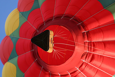 One of the balloons from below - Chagrin Falls, OH ... May 25, 2008 ... Photo by Rob Page Jr.